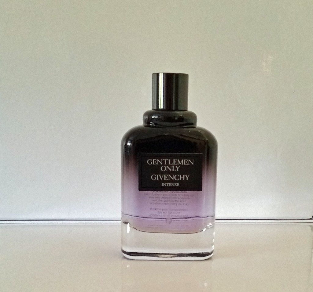 parfum givenchy homme gentleman avis gentlemen only givenchy casual chic intense parisian break parf. Black Bedroom Furniture Sets. Home Design Ideas