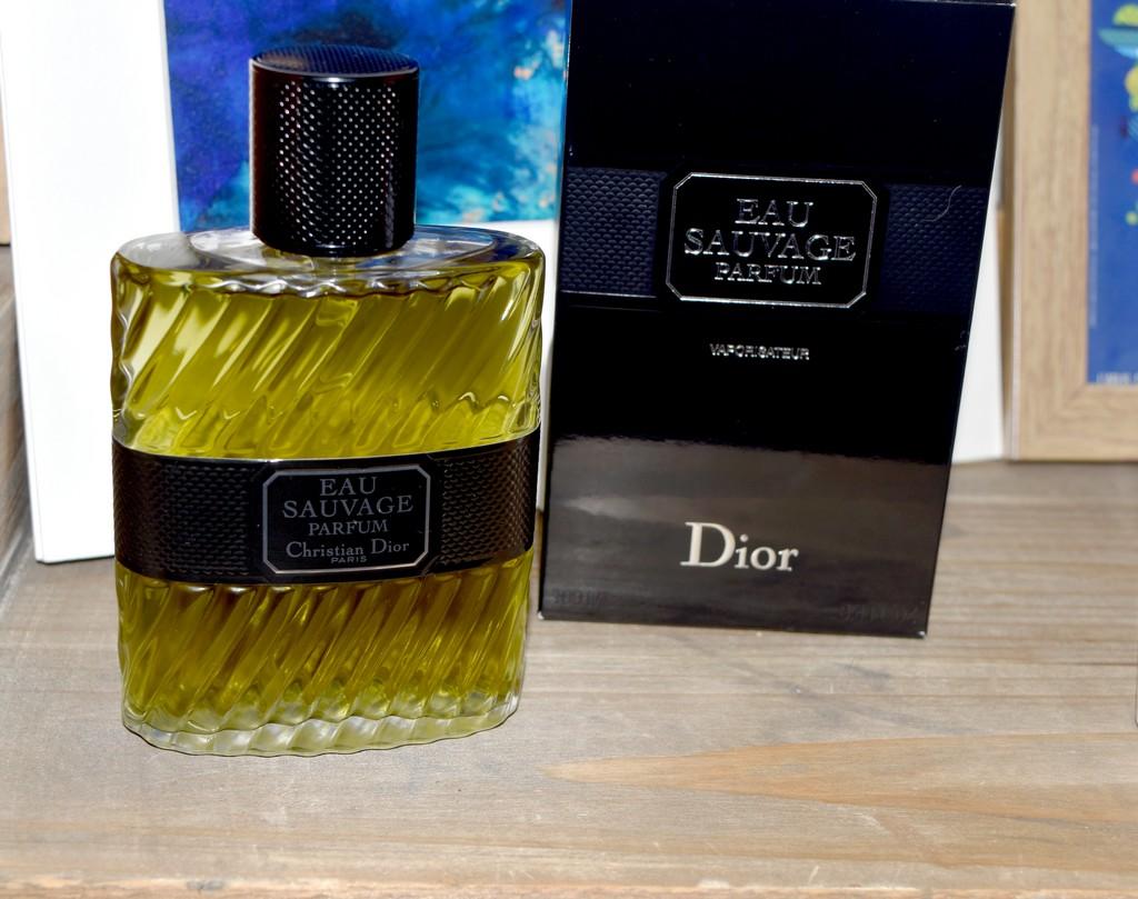 eau sauvage parfum un classique de la parfumerie homme revisit test avis. Black Bedroom Furniture Sets. Home Design Ideas
